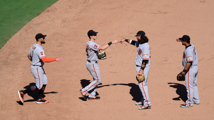 Krukow says Giants need to add at deadline to be 'legitimate contender'