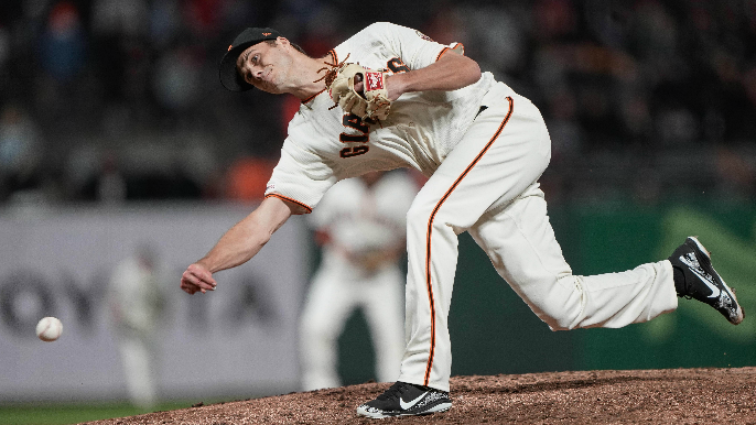 How Giants' Tyler Rogers developed his unique, submarine delivery