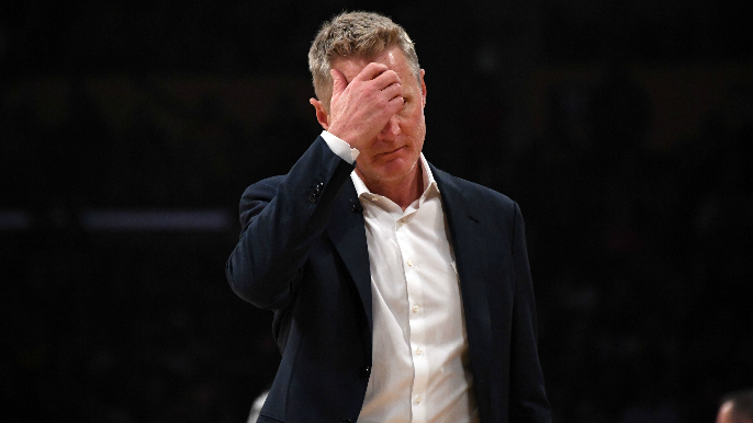 Warriors lose to Lakers by 26, fall to NBA worst 2-10