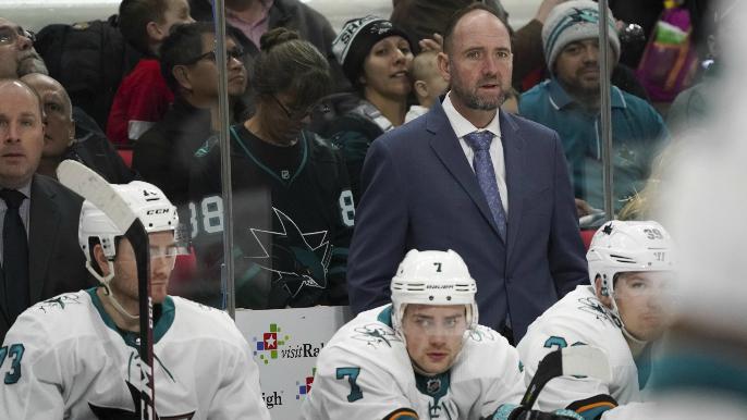 San Jose Sharks fire coach Peter DeBoer [report]