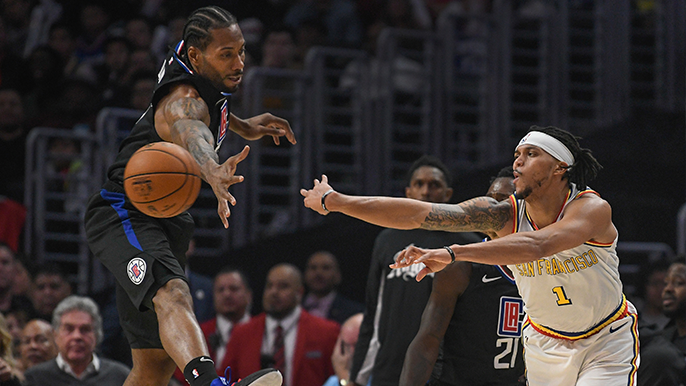 Warriors blow double-digit lead in fourth quarter, fall to Clippers