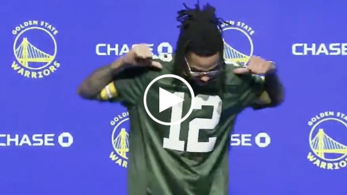 D'Angelo Russell explains wearing Aaron Rodgers jersey day before NFC Championship [report]