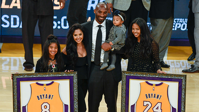 Kobe Bryant's daughter Gianna among victims of helicopter crash [report]