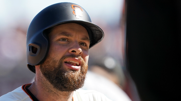 J.T. Snow says Brandon Belt is on the 'hot seat' in 2020