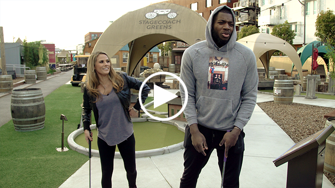 Eric Paschall opens up about rookie season, Steph and Klay over a round of mini golf