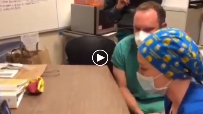 Steph Curry 'meets' Oakland nurses in touching FaceTime