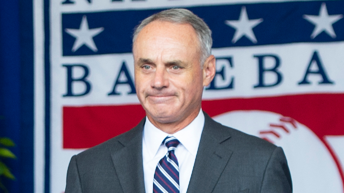 Rob Manfred lays out MLB's possible losses: '$4 billion'