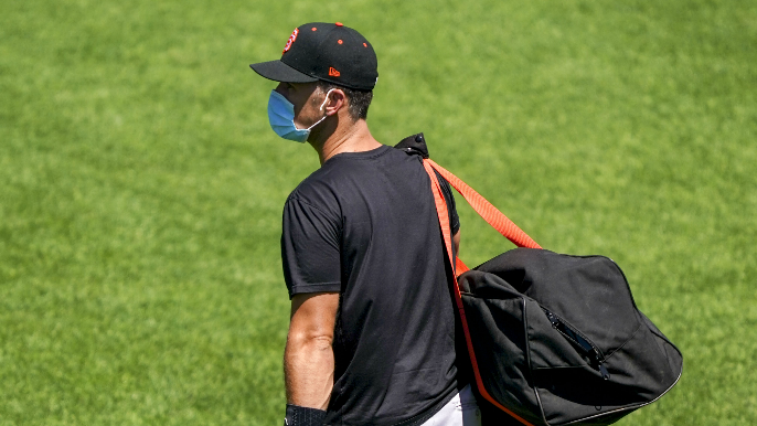 Buster Posey opts out of 2020 season after adoption of premature twin daughters