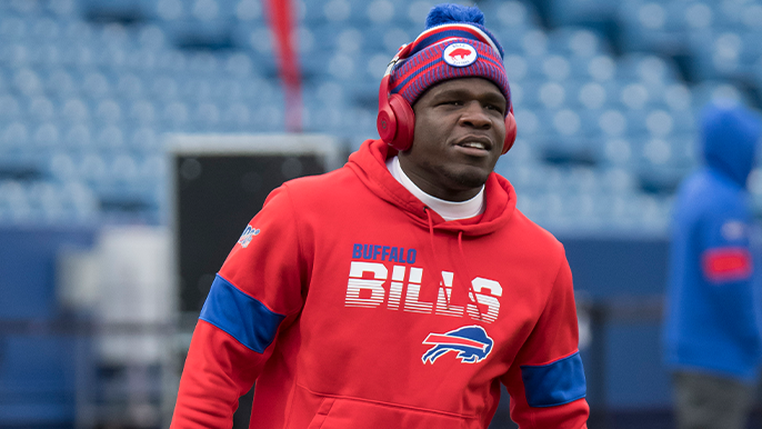 Twitter user jokes about Frank Gore being drafted by 49ers in 1930s, Gore responds
