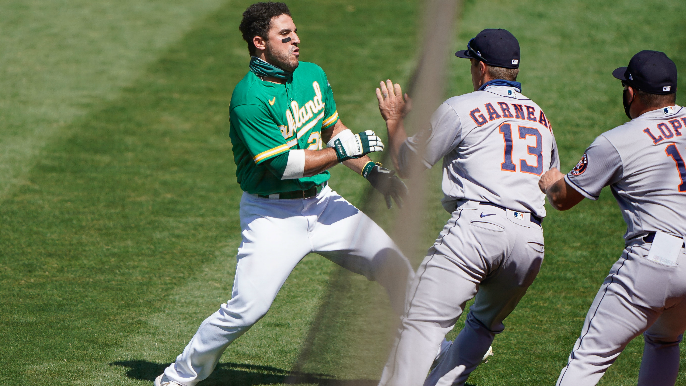Laureano says remark from Astros coach led to brawl, calls him a 'loser'