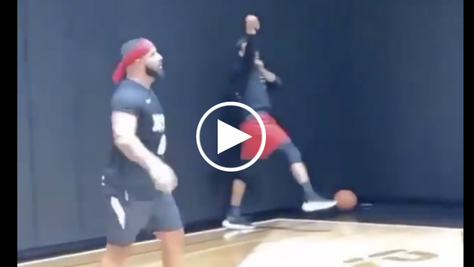 Steph Curry has shootout with Drake at Toronto mansion