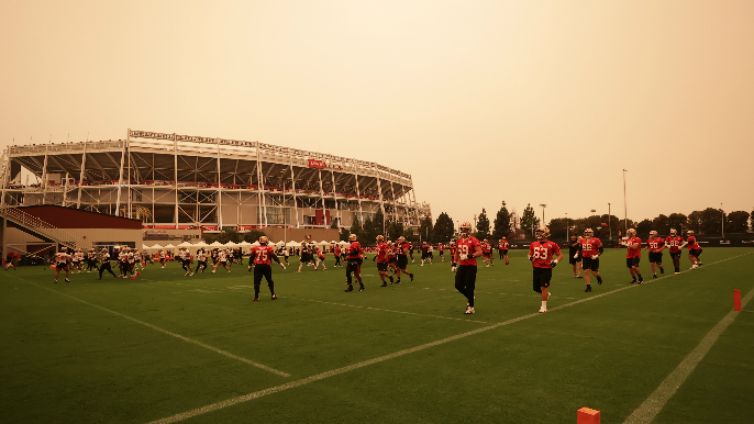 With troubling air quality forecasts, 49ers—especially Tevin Coleman—face nebulous proposition