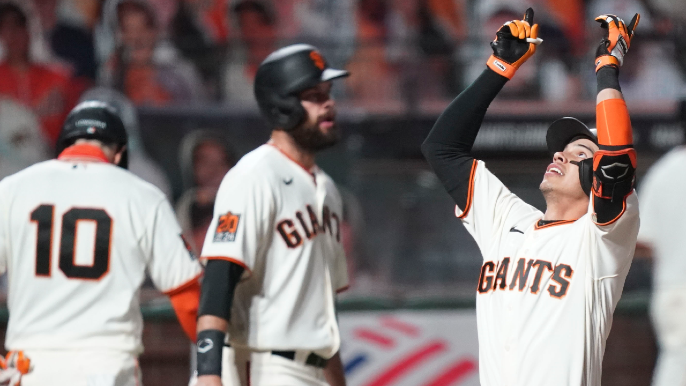 Mauricio Dubon leads Giants into wild-card position as offense comes alive