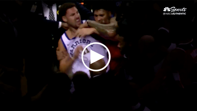 Kelly Oubre expresses remorse for throwing punch at Klay Thompson three years ago
