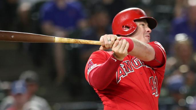 Giants adding first base slugger as more insurance