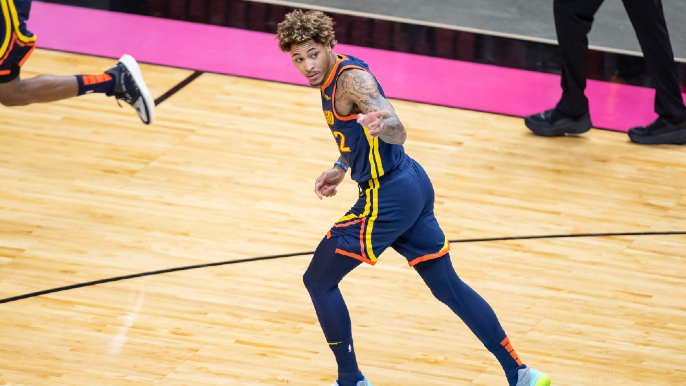 Kelly Oubre responds to Andrew Bogut's claim he was chewed out by teammates for bench role comments