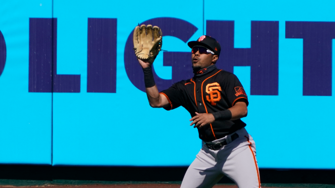 Giants shuffle outfield and place LaMonte Wade Jr. on IL