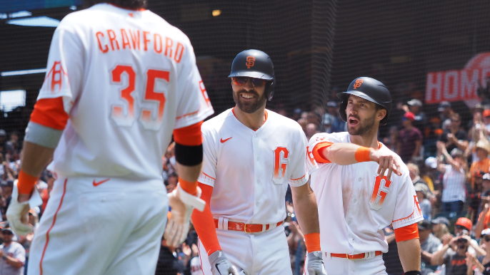 Mike Krukow breaks down why this Giants season is 'absolutely not' like 2016