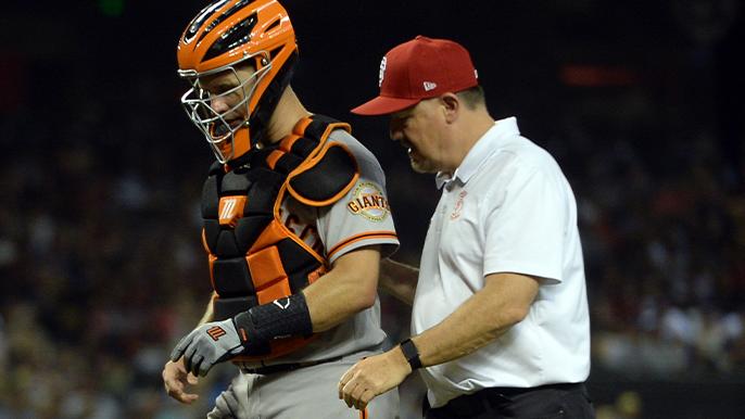 Kapler gives Posey injury update, Casali to start on Friday