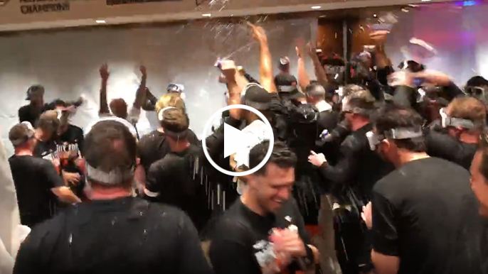 The best scenes from the Giants' clubhouse celebration after clinching 2021 playoff berth