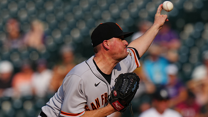 Giants lose closer Jake McGee to 10-day injured list at crucial time