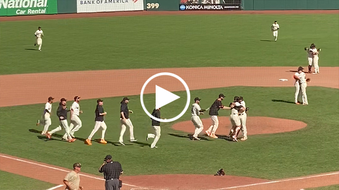 Watch: Dominic Leone gets Buster hug after final pitch of 2021 regular season