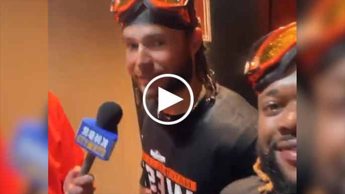 Johnny Cueto treated us to some great moments from the Giants' clubhouse celebration