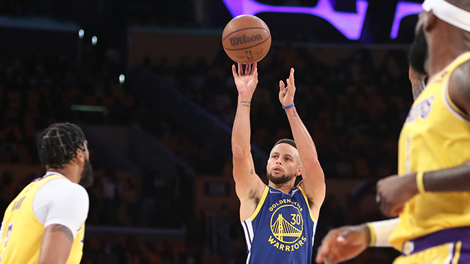 3 takeaways from the Warriors' surprising, season-opening win over Los Angeles