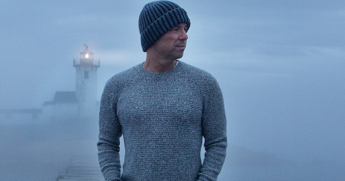 Kenny Chesney Shares That A Dedicated Film Crew Made His Music Video Possible