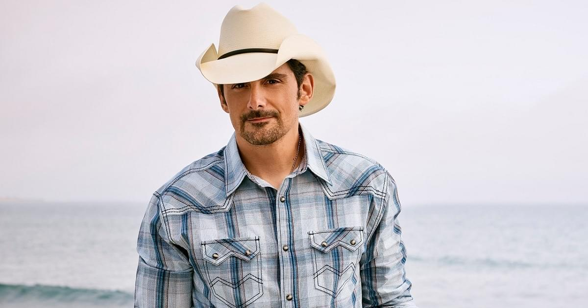 Brad Paisley Wants You To Know He's A Country Singer…Not A Cat