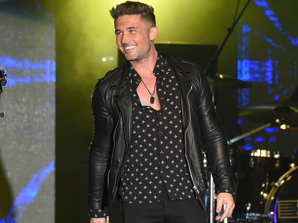 """Michael Ray on Upcoming Album: """"Third Record Is Gonna Sound Different Than the Second"""""""