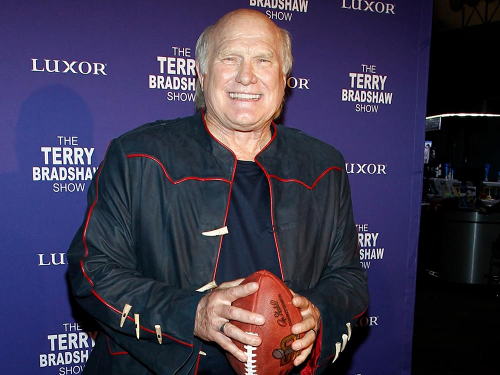 """Terry Bradshaw Talks New """"Quarantine Crazy"""" Song & Says """"Rest Assured, There Will Be Football"""" in 2020"""