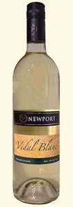 Wine Wednesday review Newport Vineyards Vidal Blanc
