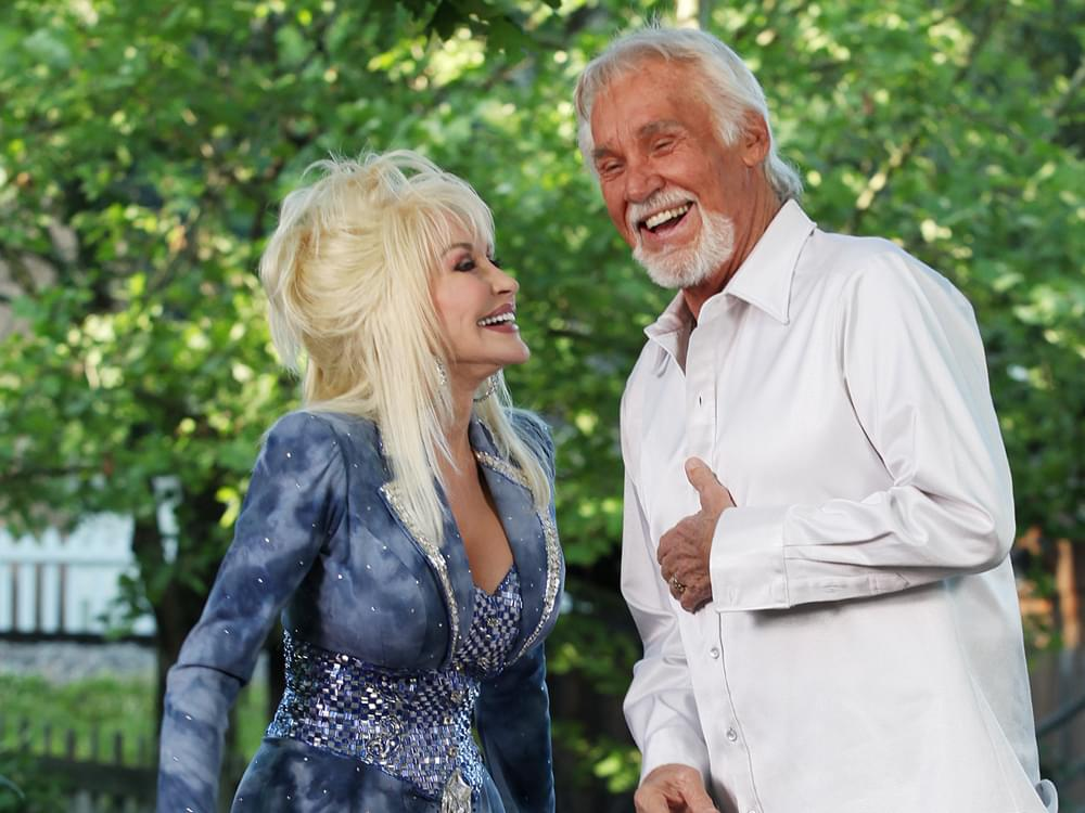 "Dolly Parton, Lady Antebellum, Vince Gill, Lionel Richie & More to Honor Kenny Rogers on ""CMT Giants"" TV Special"