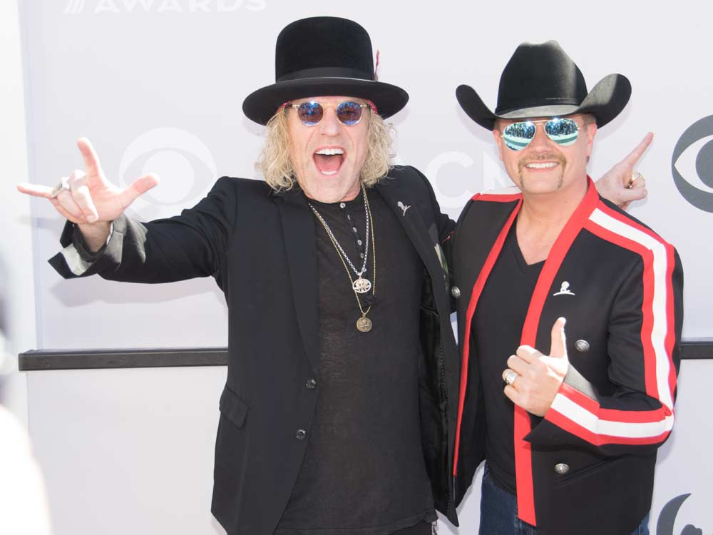 "Big & Rich Introduced as ""Gender-Bending Superstars"" Before Singing the National Anthem at Predators Game"