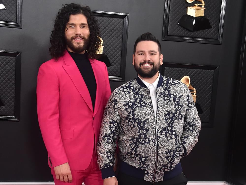 """Watch Dan + Shay Win the Grammy for Best Country Duo/Group Performance for """"Speechless"""""""