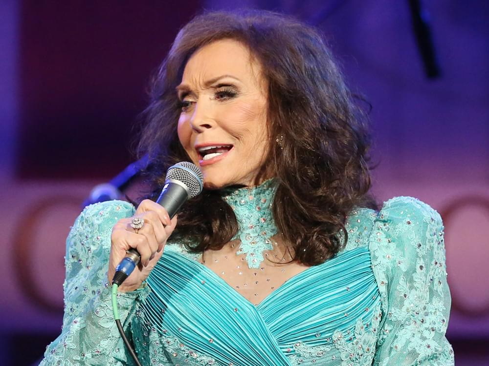 "Loretta Lynn Releases Animated New Video for Cover of Patsy Cline's ""I Fall to Pieces"" [Watch]"