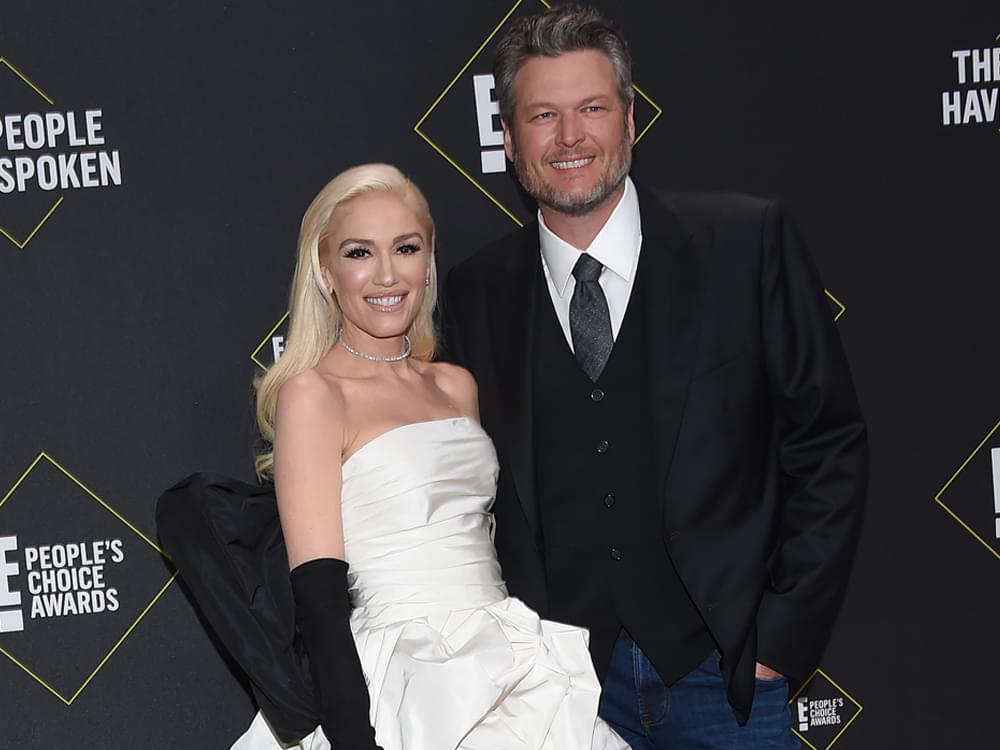 Blake Shelton Wins People's Choice Award for Country Artist of 2019
