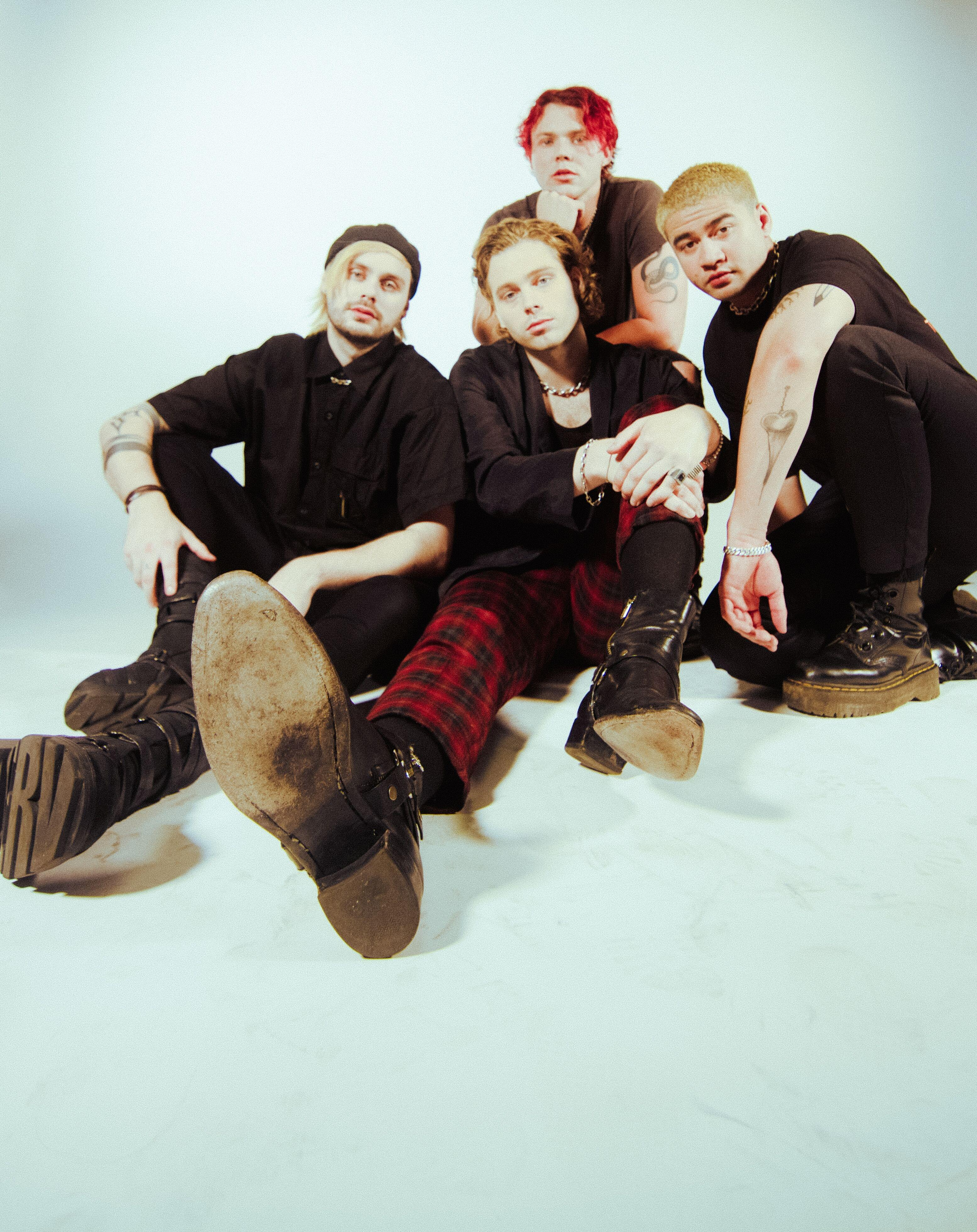 WIN A TRIP TO SEE 5 SECONDS OF SUMMER AND MEET THEM … IN LOS ANGELES!!!