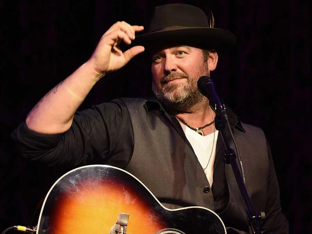 "Lee Brice Releases New Video for Hopeful Song, ""Hey World"" [Watch]"
