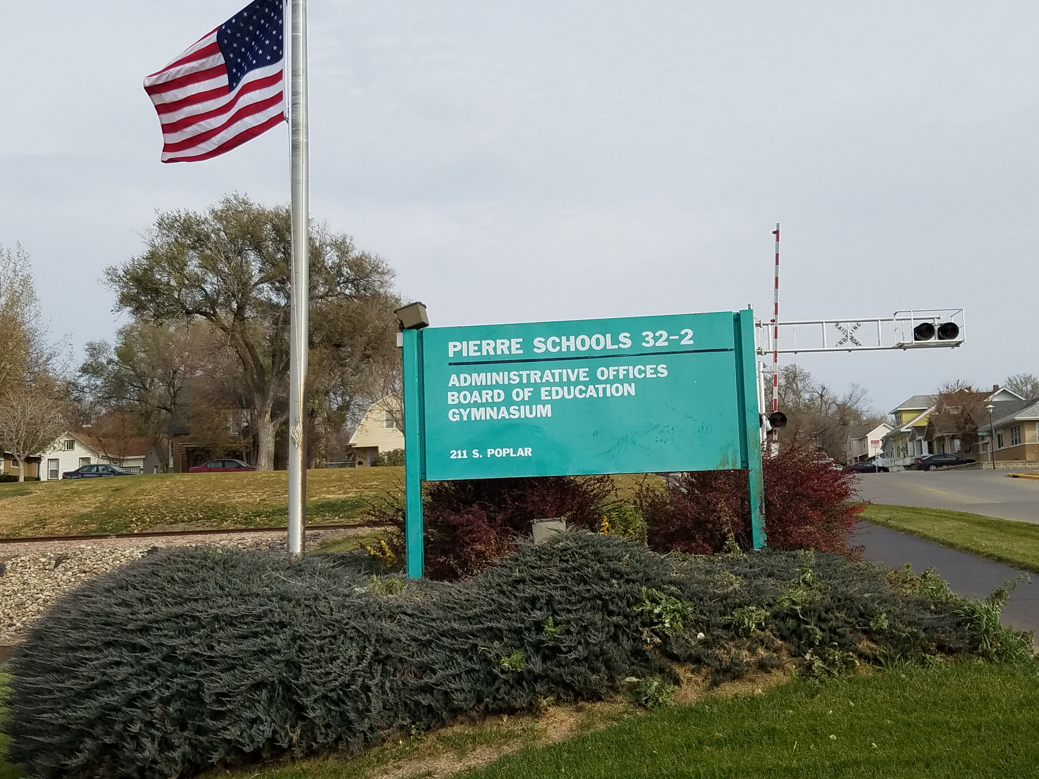 Pierre School Board To Hold Tuesday Meeting