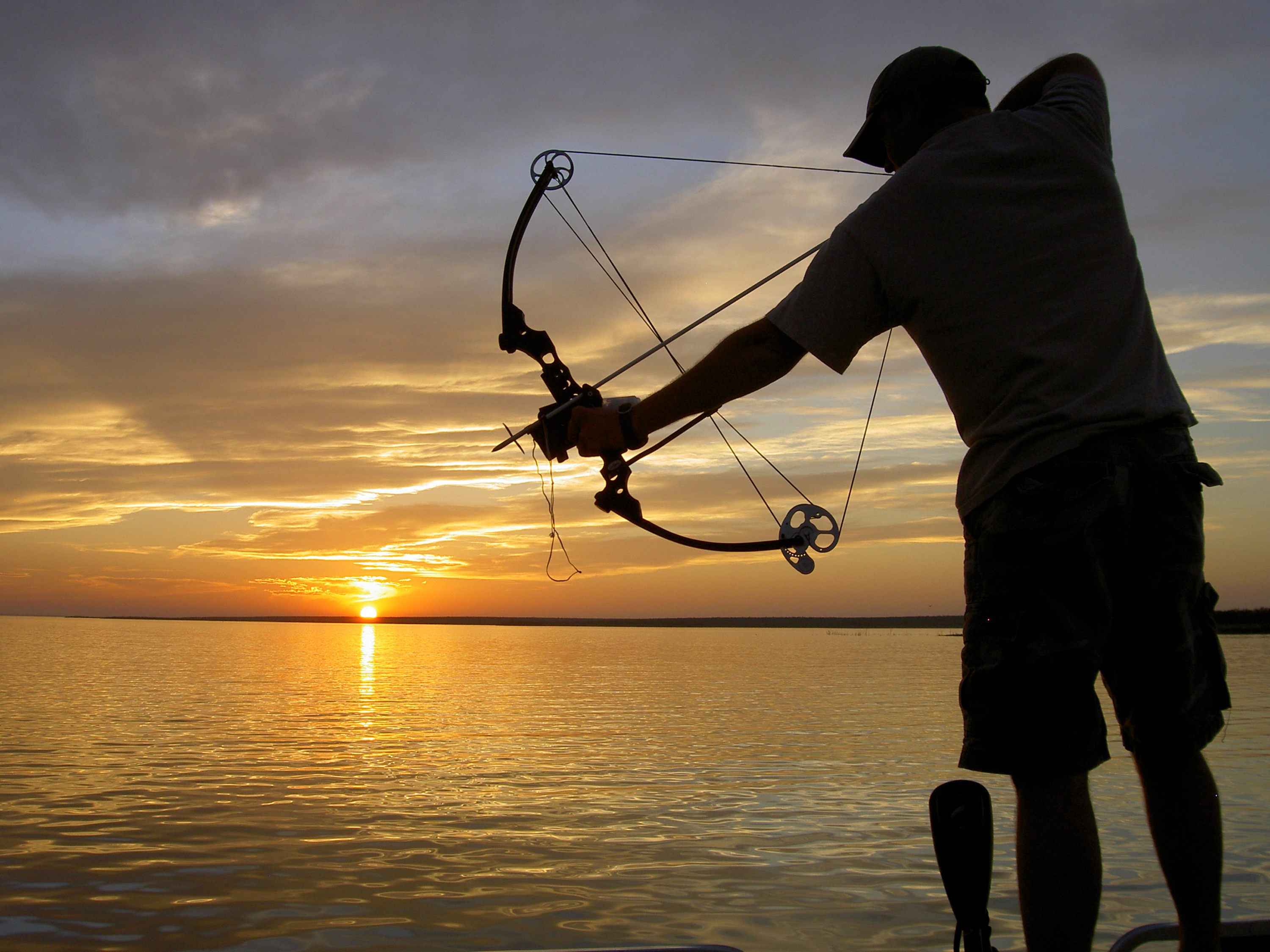 Bow Fishing Tournament this Weekend in Brookings