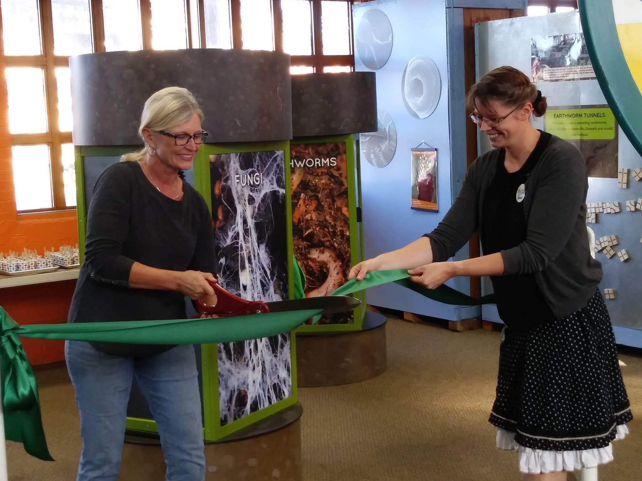 South Dakota Discovery Center Opens Exhibit On Soil Health