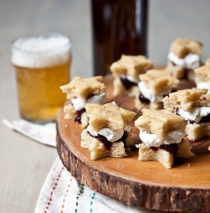 Vanilla Beer Cake Bites with Blueberry Filling