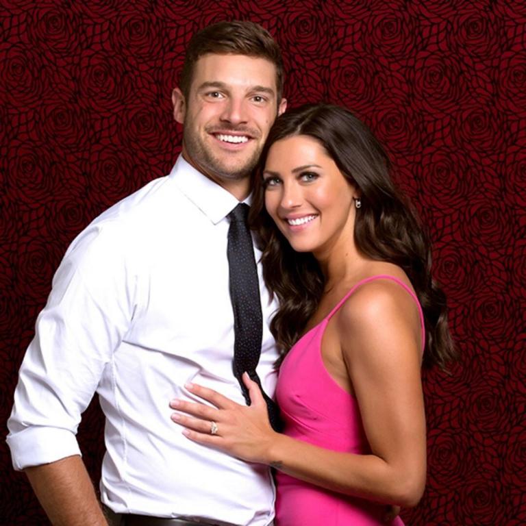 Bachelorette Becca Kufrin Breaks Up With Garrett Yrigoyen