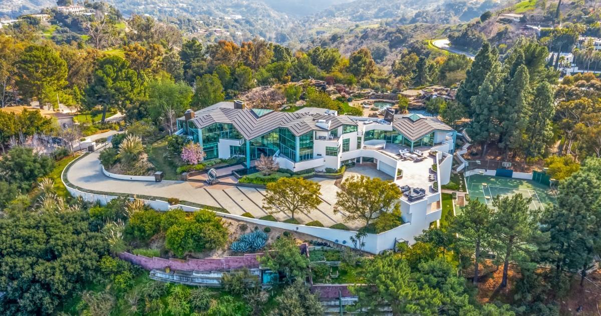 Pharrell Williams Sells Striking Beverly Hills Mansion
