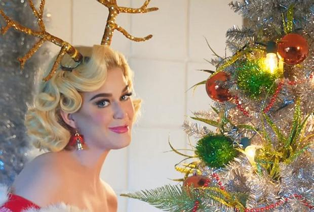 The Latest Disney Holiday Singalong Lineup Announced