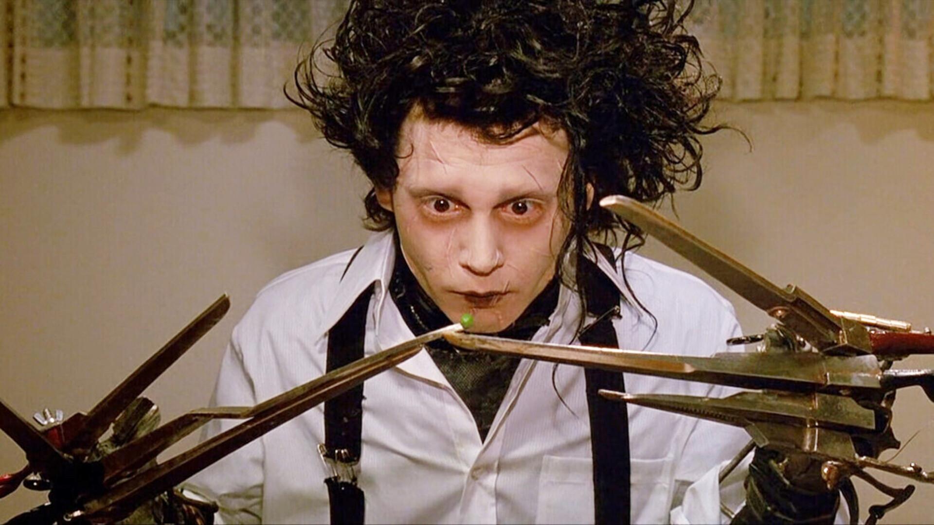 Johnny Depp Reportedly Wants To Return for Edward Scissorhands Sequel