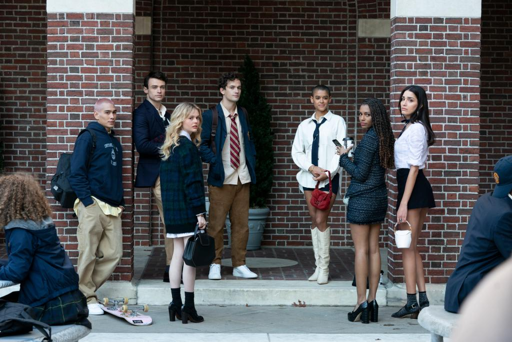 'Gossip Girl' Reboot gets Fall Return Date for second half of Season 1