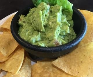 How To Make Chipotle's Guac Recipe At Home